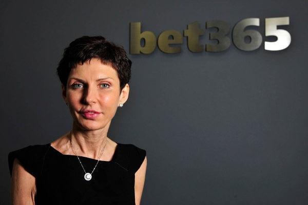 Η Denise Coates της BET365 πλήρωσε στον εαυτό της €377 εκατ. για το 2019